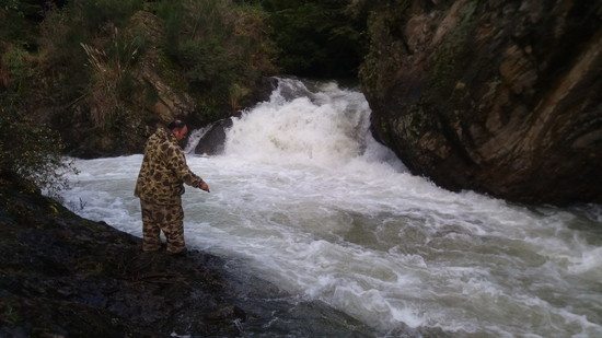 チリ おっちゃん釣り(1)