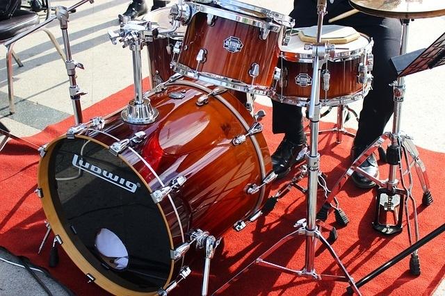 drum-kit-1946753_640.jpg