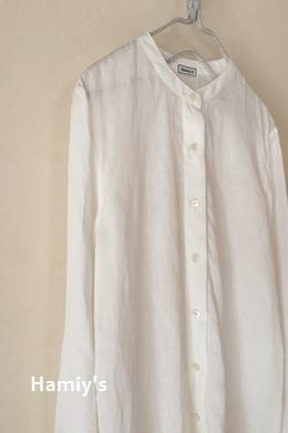 スタンドカラーのシンプルシャツ 1-1