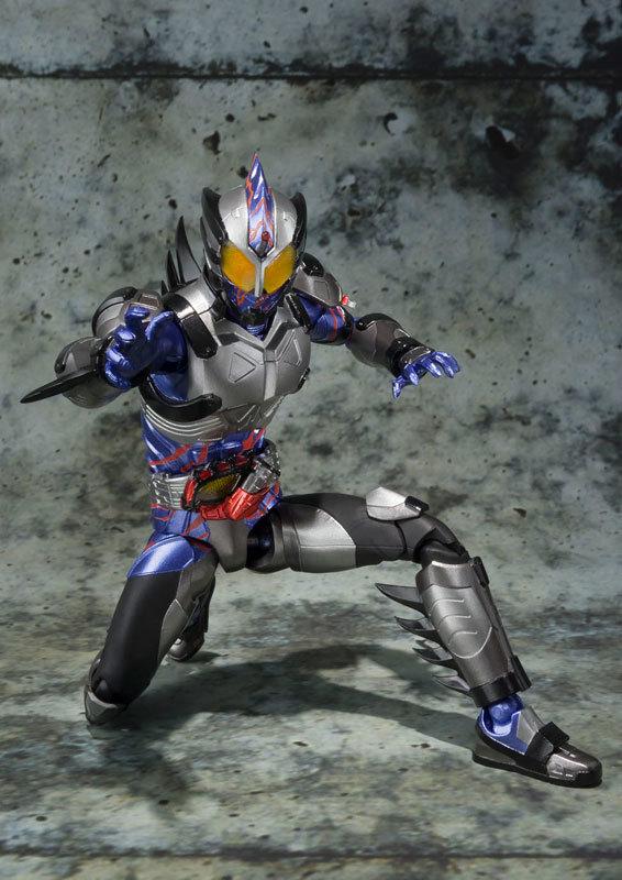 フィギュアーツ 仮面ライダーアマゾンネオFIGURE-030641_04