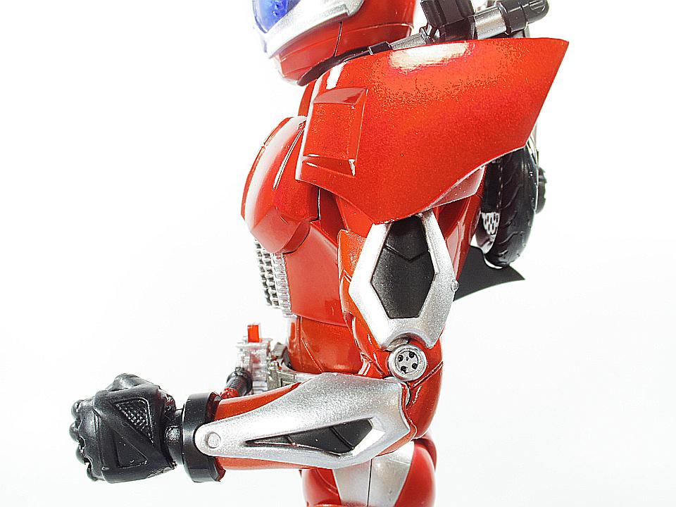 SHF 仮面ライダーアクセル28