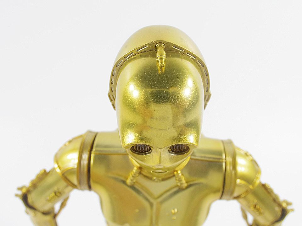 SHF C-3PO NEW HOPE10