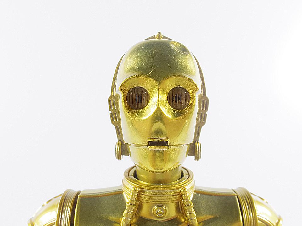 SHF C-3PO NEW HOPE12