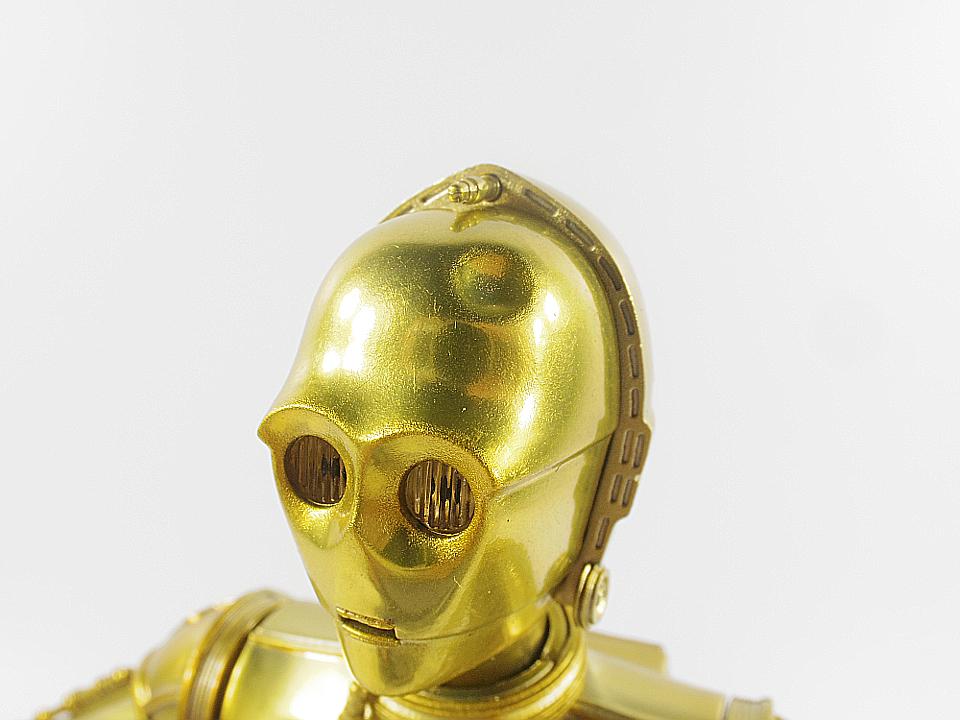 SHF C-3PO NEW HOPE13
