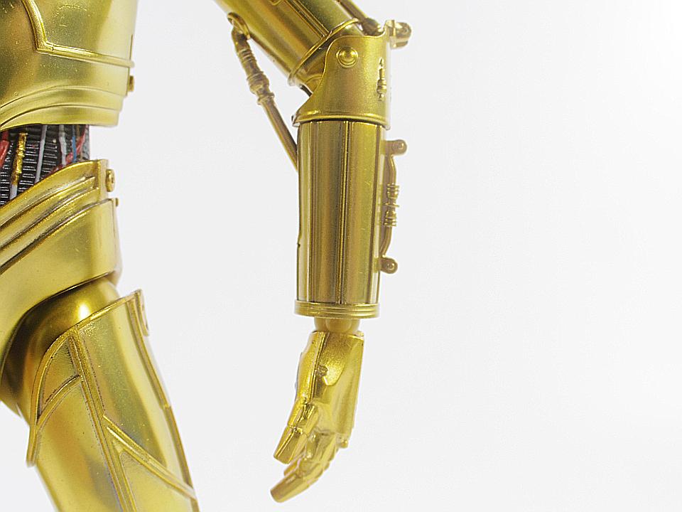 SHF C-3PO NEW HOPE25