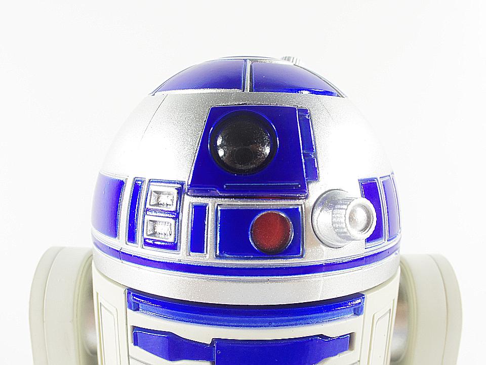 R2-D2 NEW HOPE7