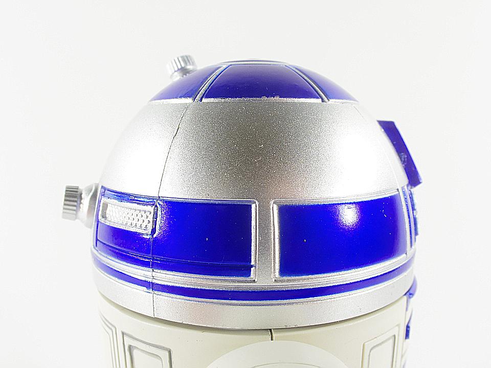 R2-D2 NEW HOPE8