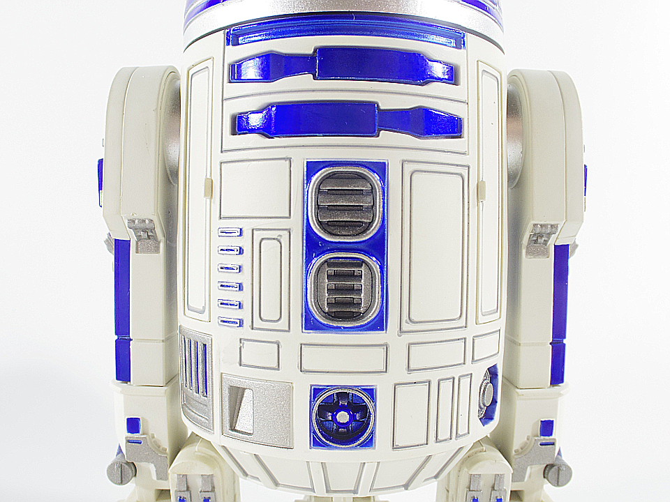 R2-D2 NEW HOPE12