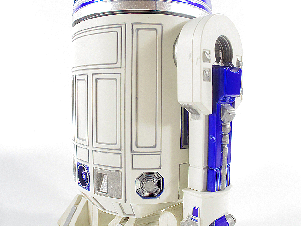 R2-D2 NEW HOPE16