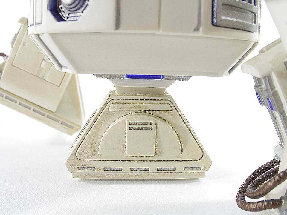 R2-D2 NEW HOPE27