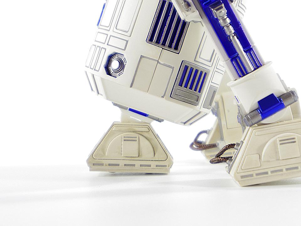 R2-D2 NEW HOPE47