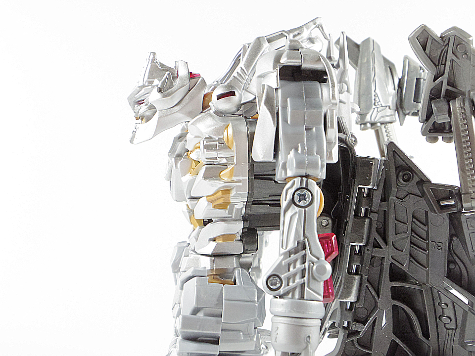MB-03 メガトロン14