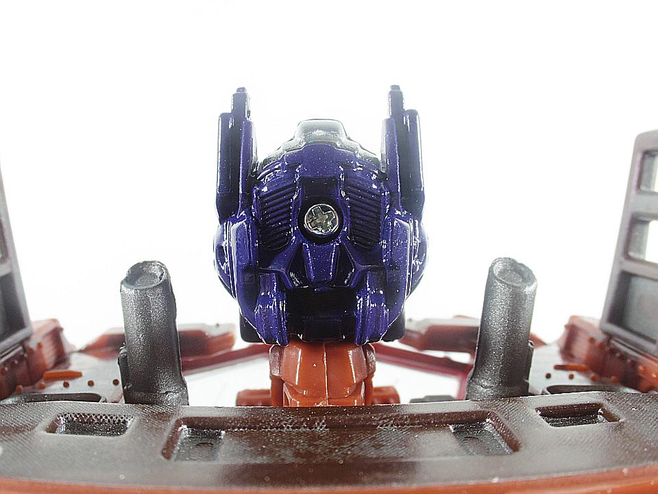 MB-01 オプティマスプライム24