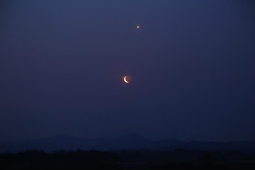 20170523昇る金星と月