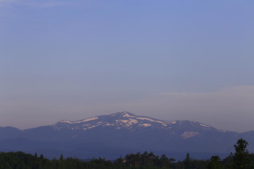 20170609朝の栗駒山