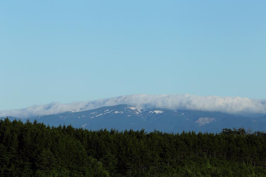 20170617雲のかかる栗駒山