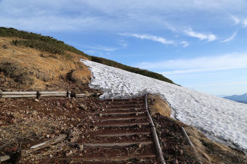 20170618登山道の残雪