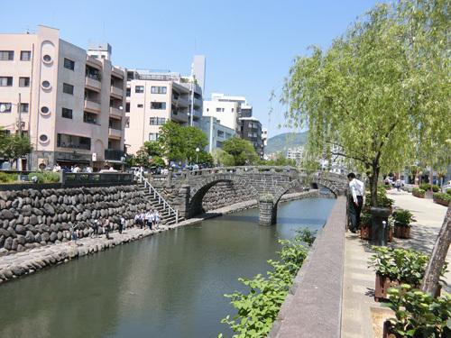 お次は、長崎の名所のこちらへ。