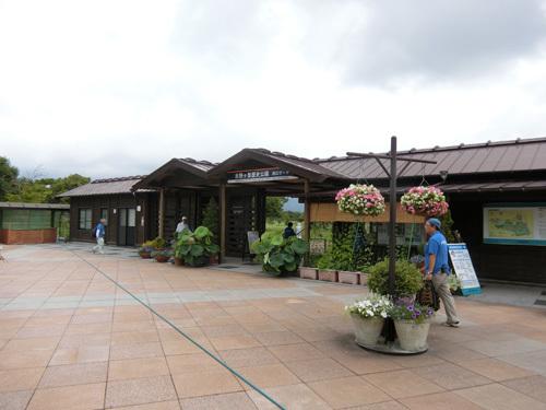 吉野ヶ里歴史公園、西側の入り口で~す!