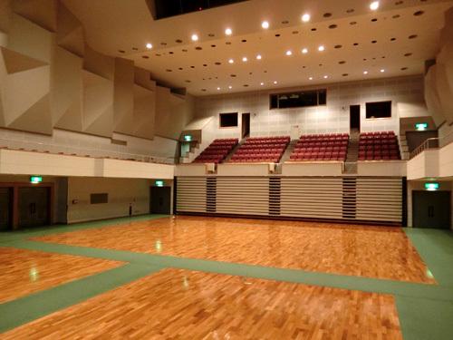 教室会場! その2。結構天井、高いいいのよ。