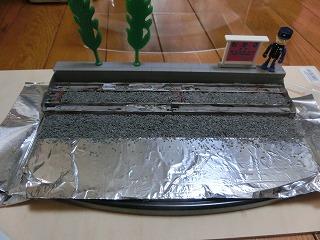 バラスト散布をした「若桜鉄道 C12-167用 展示ケース」