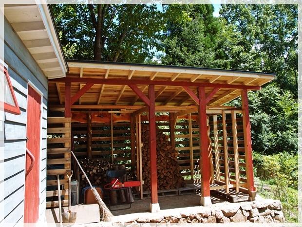 薪小屋、ほぼ完成の図