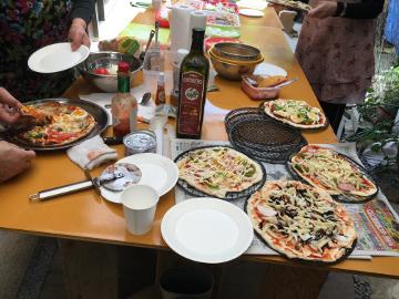ピザ焼き職員との交流会29年度2