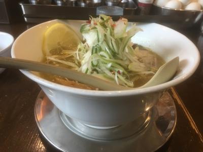 グリーンカレー麺(横)