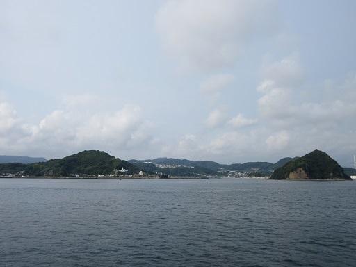 神ノ島教会とマリア像