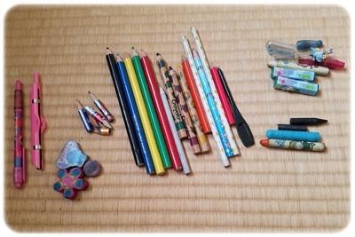 鉛筆・消しゴム