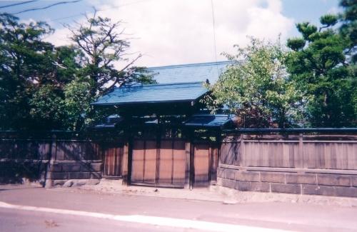 円山 蔦井宅 2001年