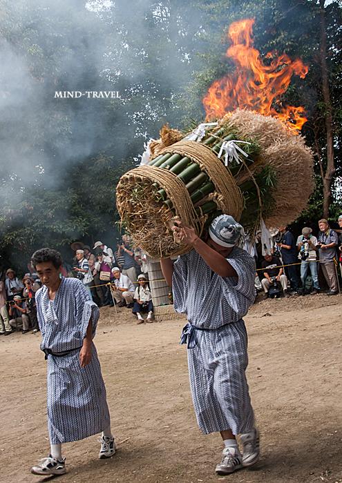 ほうらんや火祭り 春日神社2