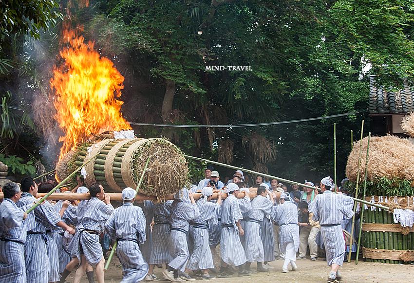 ほうらんや火祭り 春日神社
