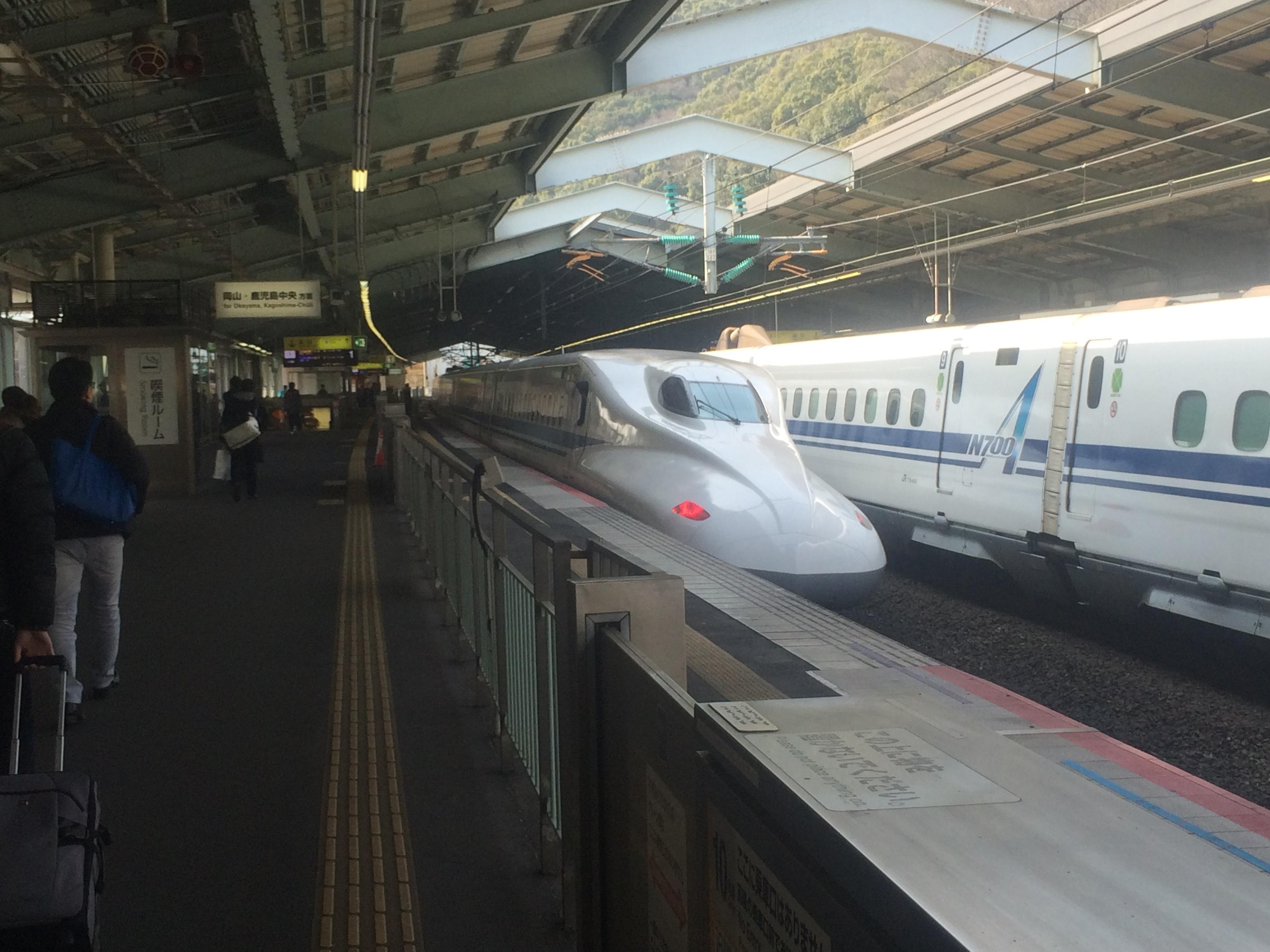 20170828新神戸駅ホーム