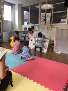 8月8日 絵本でふれあいタイム②