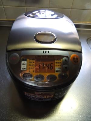 炊飯器007