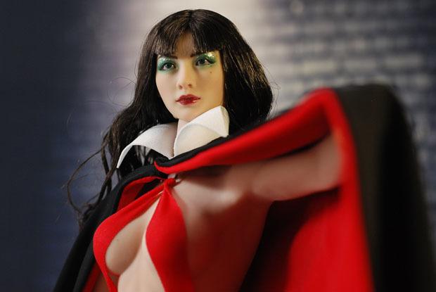 Vampirella0017.jpg