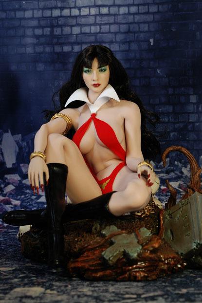 Vampirella0025.jpg