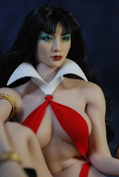 Vampirella0026.jpg