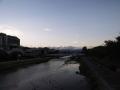 黄昏る鴨川