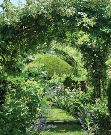 katharine-william-rayner-garden-east-hampton-01.jpg