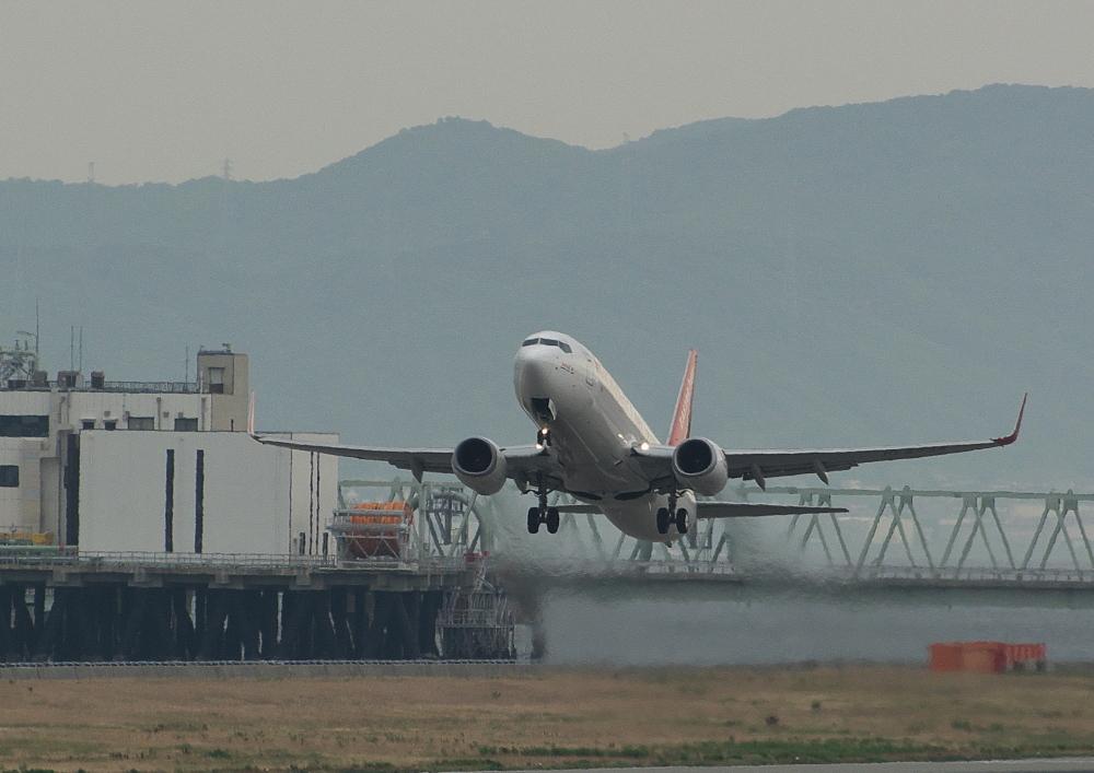 離陸 (1)
