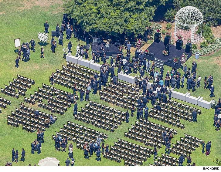 0730-chester-bennington-funeral-service-backgrid-main-4.jpg