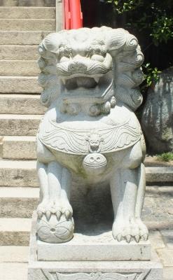 赤間神宮拝殿前狛b