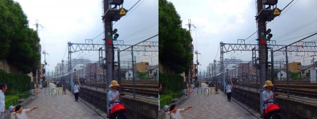 京都駅から線路沿通り(交差法)