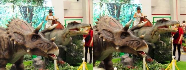 メガ恐竜展2017 恐竜アトラクションコーナー④(交差法)