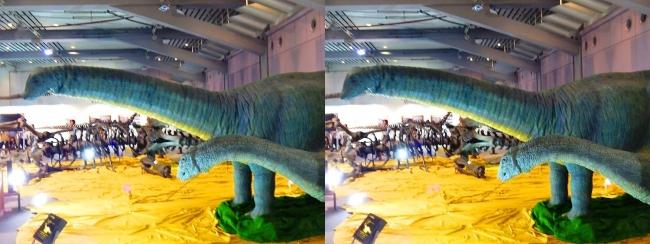 メガ恐竜展2017 ZONE4 アパトサウルス親子生体復元ロボット(交差法)