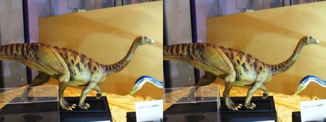 メガ恐竜展2017 ZONE3 プラテオサウルス生体復元(平行法)