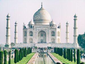 300 02 Taj Mahal