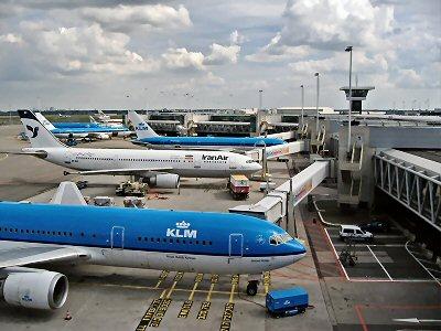 400 Airport Amsterdam